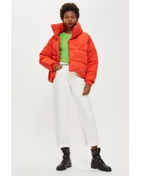 72d2ab0cdb49 TOPSHOP Wrap Puffer Jacket in Red - Lyst