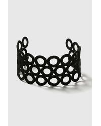 TOPSHOP - Black Suede Circle Choker Necklace - Lyst