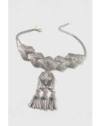 TOPSHOP - Metallic Tassel Drop Choker Necklace - Lyst