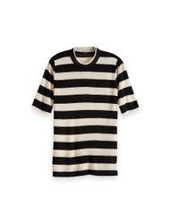 T-shirt con collo alto in banda nera e crema di Maison Scotch in Black
