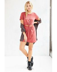 Honey Punch Red Knot-front T-shirt Dress