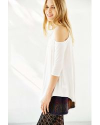 Kimchi Blue | White Tyra Cold Shoulder Tunic Top | Lyst
