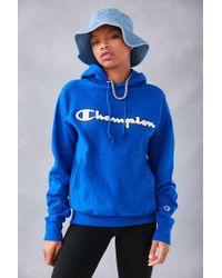 Champion - Blue + Uo Logo Patch Hoodie Sweatshirt for Men - Lyst