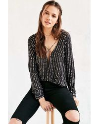 Silence + Noise Multicolor Mayfair Plunge Black And White Surplice Top