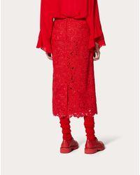Gonna A Tubino In Guipure Rebrodè di Valentino in Red