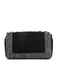 Borsa a mano in tela nero Timeless/Classique di Chanel in Black