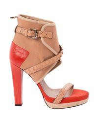 Scarpe col tacco in pelle arancione \N di Barbara Bui in Orange