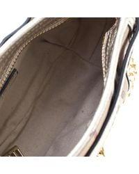 Bolsa de mano en lona beige Burberry de color Natural