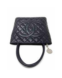 Chanel Black Médaillon Leder Handtaschen