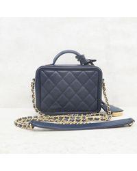Chanel Blue Vanity Leder Handtaschen