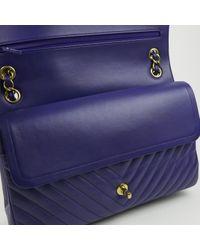 Borsa a mano in pelle blu Timeless/Classique di Chanel in Blue