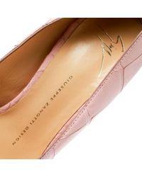 Scarpe col tacco in pelle rosa di Giuseppe Zanotti in Pink