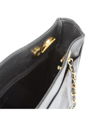 Bolsa de mano en cuero negro Chanel de color Black