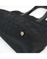 Bolsa de mano en lona negro Chanel de color Black