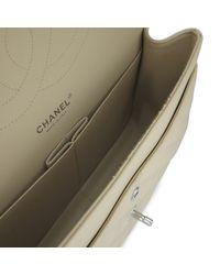 Borsa a mano in pelle beige Timeless/Classique di Chanel in Natural