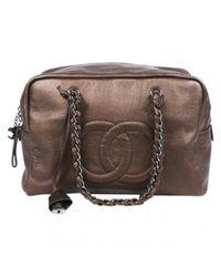 Bolso boston de Cuero Chanel de color Brown