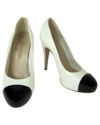 Chanel White Pre-owned Leather Heels