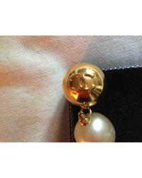 Pendientes en metal dorado Chanel de color Multicolor