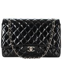 Chanel Black Timeless Lackleder Handtaschen