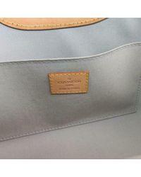 Louis Vuitton White Lackleder Handtaschen