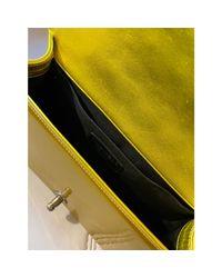 Sac à main en cuir cuir jaune Chanel en coloris Yellow