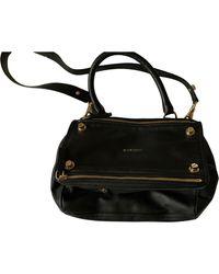 Sac en bandoulière en cuir cuir Pandora noir Givenchy en coloris Black