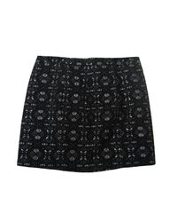 Jupe courte polyester noir Maje en coloris Black