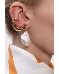 Chloé Metallic Pearl Earrings Gold