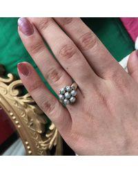 Emma Chapman Jewels | White Bellina Pearl Ring | Lyst