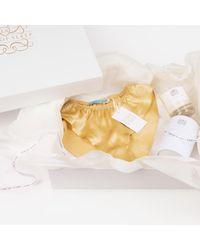 Law of Sleep Multicolor Pear & Fresia Candle & Aabahi Gift Box
