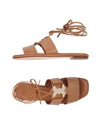 Sandalias Tory Burch de color Brown