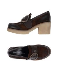Strategia Brown Loafer