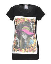 Ultrachic Black T-shirt