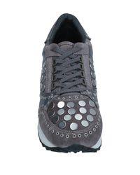 Lola Cruz Gray Low-tops & Sneakers