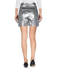 Short Patrizia Pepe en coloris Metallic