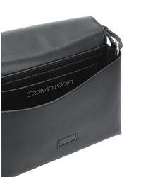 Borse a tracolla di Calvin Klein in Black