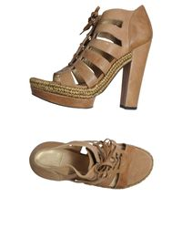 Stuart Weitzman Natural Platform Sandals