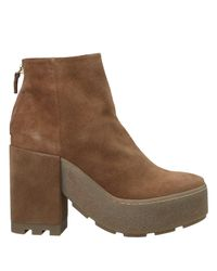 Vic Matié Brown Ankle Boots