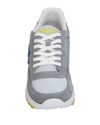 2 Star Gray Low-tops & Sneakers