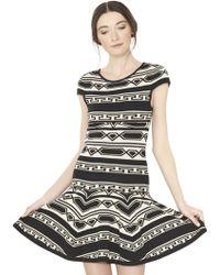 alice + olivia Darby Short Sleeve Knit Dress black - Lyst