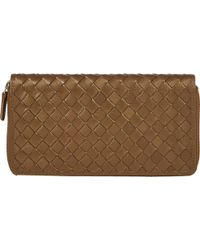 Barneys New York Woven Leather Long Wallet beige - Lyst