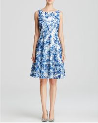 Vera Wang - Dress - Sleeveless Printed Lace - Lyst