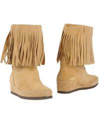 Daniela Fargion Ankle Boots - Natural