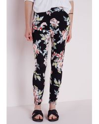 Missguided Floral Print Skinny Trousers Black - Lyst