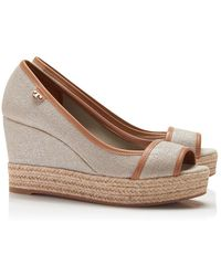 Tory Burch Majorca Metallic Logo Wedge - Lyst
