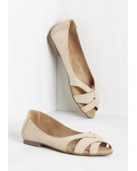 Machi Footwear - Duration Of Vacation Flat In Latte - Lyst