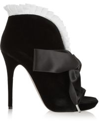 Alexander McQueen Bow-embellished Velvet Ankle Boots - Lyst