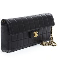 Chanel Pre-owned Black Lambskin Chocolate Bar Clutch Bag - Lyst