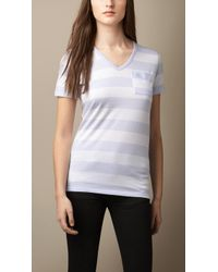 Burberry Contrast Pocket Striped Cotton T-Shirt blue - Lyst