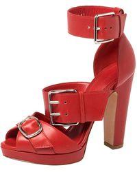 Alexander McQueen - Leather Buckle Strappy Platform Sandals Size 38.5 - Lyst